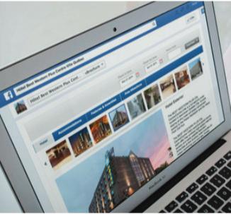 Hotel Website Op Laptop
